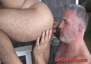 josh sucking unshaved bear dick