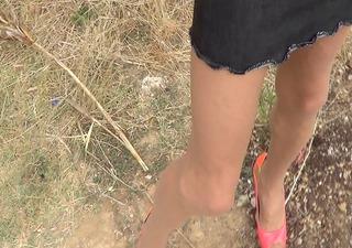 outdoor pink heels