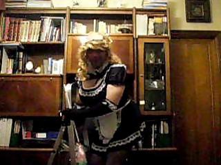 non-professional shelady maid