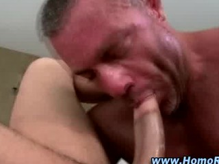 dilettante str guy acquires a irrumation from gay