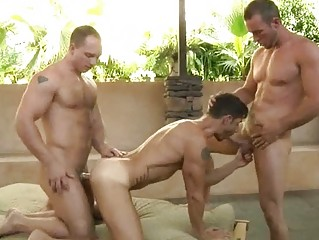 attractive homo man got double screwed by hung