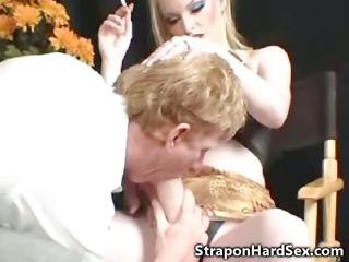 dong bitch fucks straight ass!