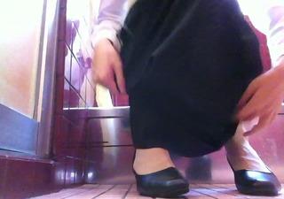 dark dress and pumps stocking 3